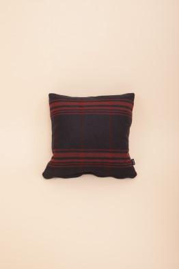 Cushion Cool Wool